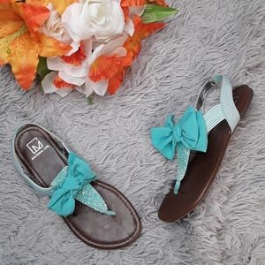 Material Girl Bow Rhinestone Sandals NIB